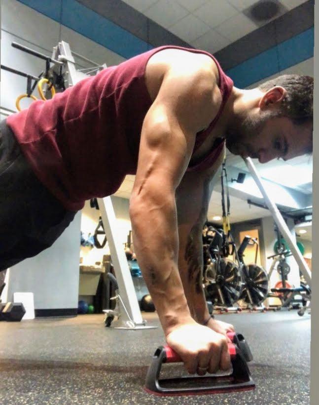 moses training pushups